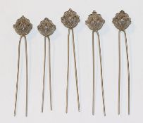 5 filigrane Haarnadeln, versilbert, L 9,5 cm, Tragespuren
