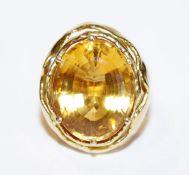 18 k Gelbgold Goldtopas Ring, 17 gr., Gr. 52, ausgefallene Handarbeit