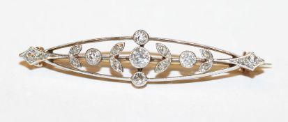 Feine 14 k Gelbgold (geprüfte) Brosche mit Diamanten, 4,2 gr., B 4 cm, schöne Handarbeit