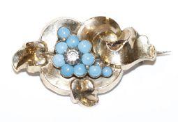 Silber/Schaumgold Trachtenbrosche um 1900, beschädigt, eine Perle fehlt, B 4,5 cm