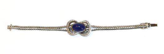 18 k Weißgold Armband mit Lapislazuli und Diamanten, zus. 0,50 ct., ausgefallene Handarbeit, L 17
