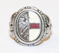 Silber Herrenring mit Garmsich-Partenkirchner Wappendekor, teils emailliert, Gr. 54, Tragespuren