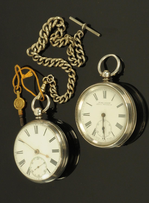 Lot 529 - A silver cased pocket watch, John Smith, Bathgate,