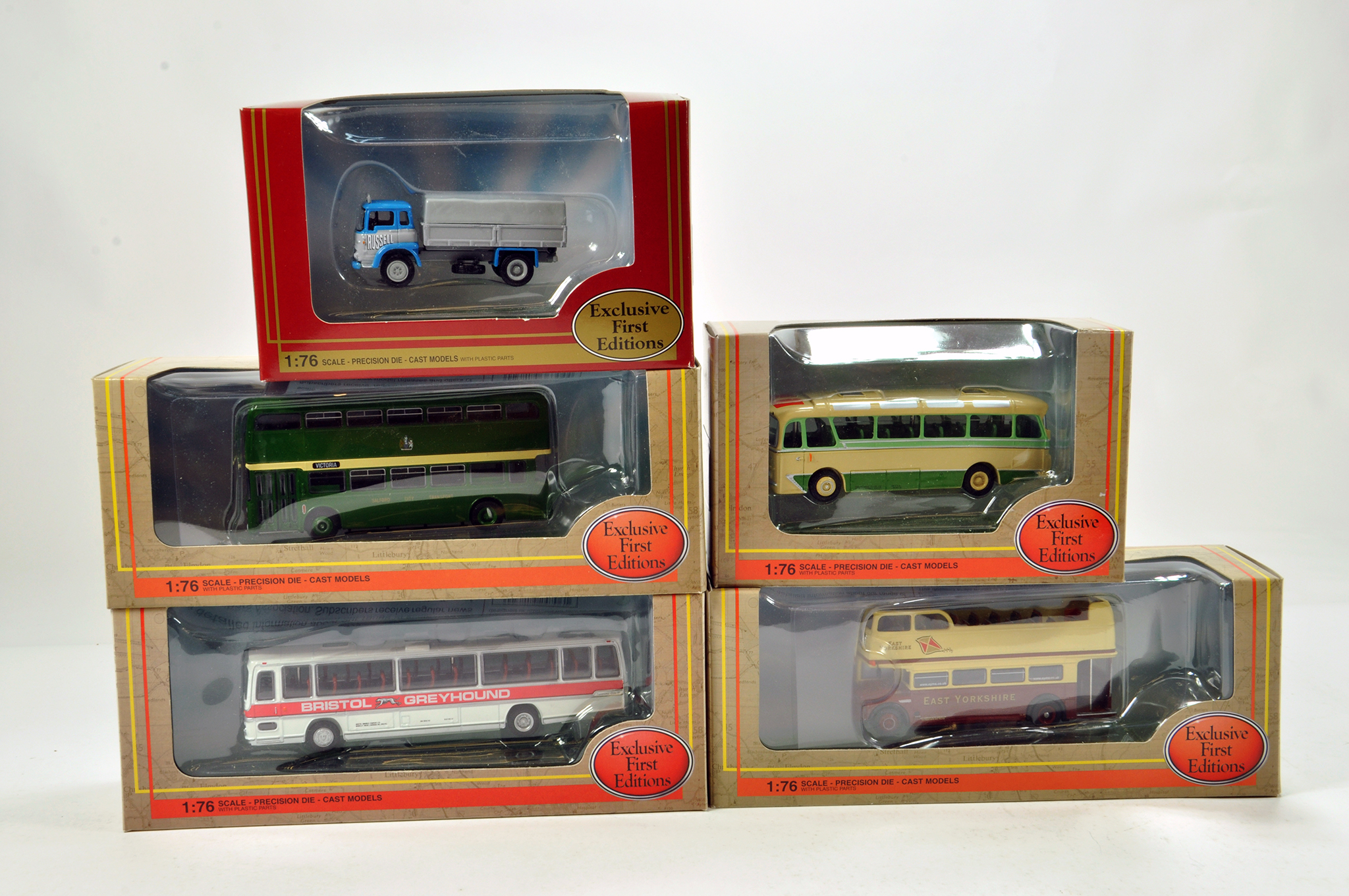 Lot 16 - EFE 1/76 diecast (mainly) Bus group comprising various issues. Generally NM to M in Boxes. (5)