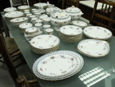 """A Spode """"Trapnell Sprays"""" dinner service (Y8403-R) (approx 125 pieces) CONDITION REPORTS"""