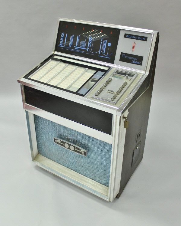 Lot 429 - A Rock-ola Princess Deluxe stereo jukebox, model 435,