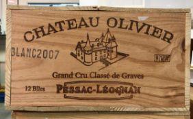 Twelve bottles Château Olivier Blanc grand cru classé de graves Pessac-Léognan 2007 (OWC)
