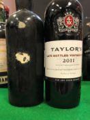 One bottle un-named un-dated Vintage Port,