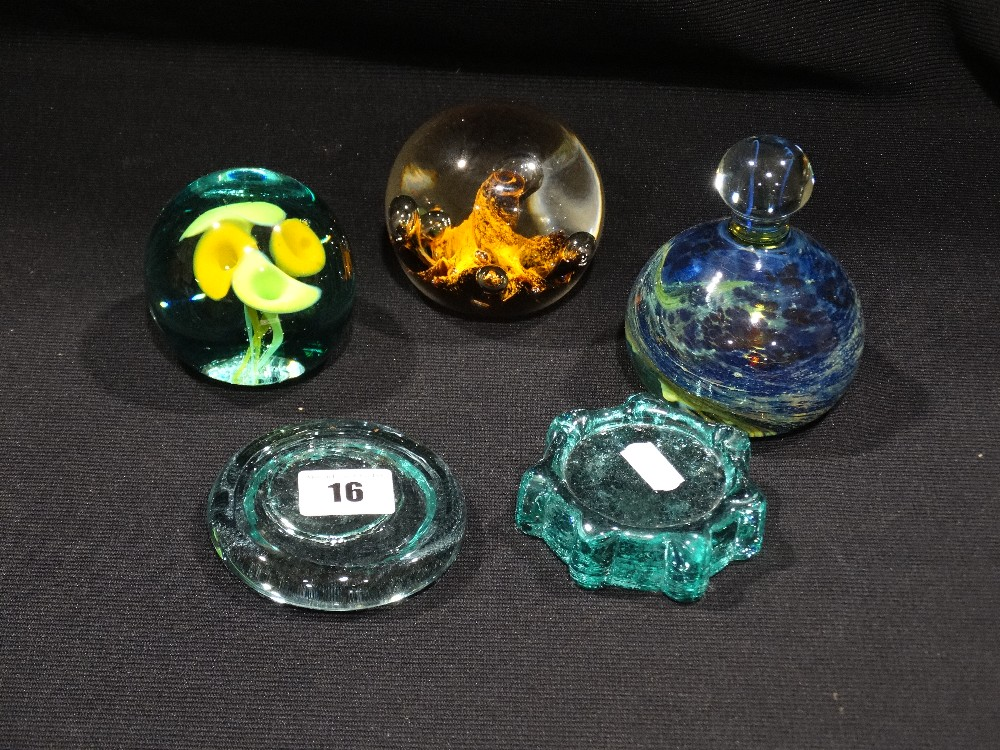 Lot 16 - Five 20th Century Glass Paperweights To Include Mdina
