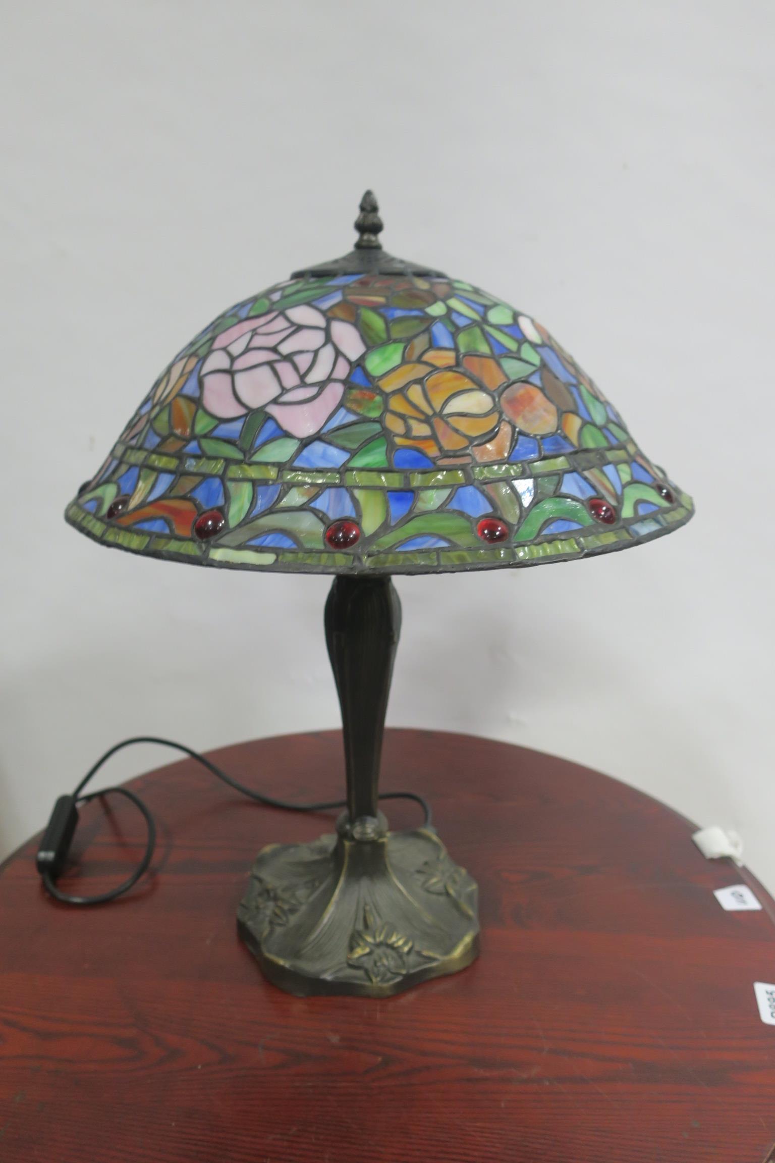 Lot 527 - A TIFFANY DESIGN TABLE LAMP,