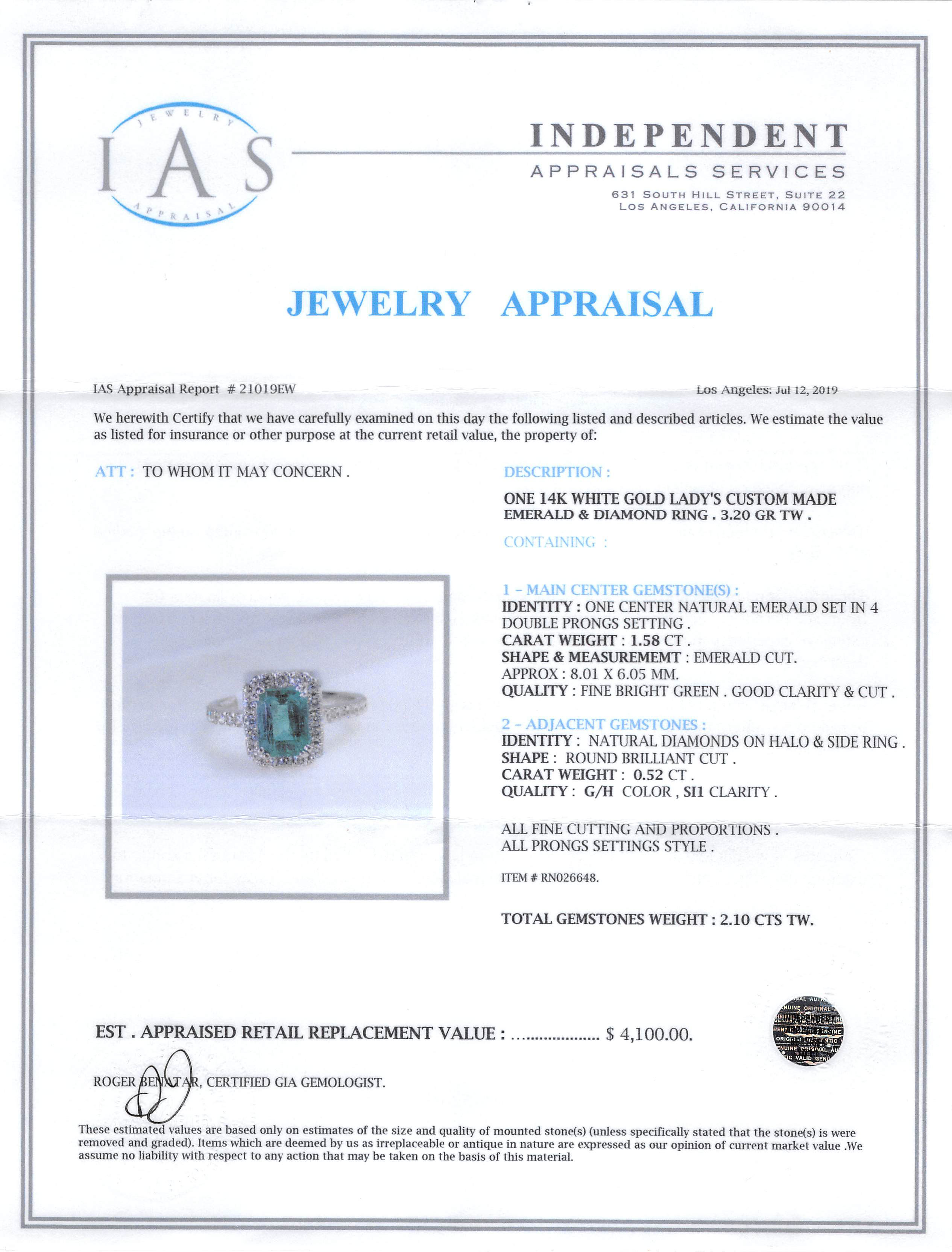 Lot 586 - 14 kt. White Gold, Emerald and Diamond Ring , prong set emerald cut emerald, approx. 8.01 x 6.05 mm,