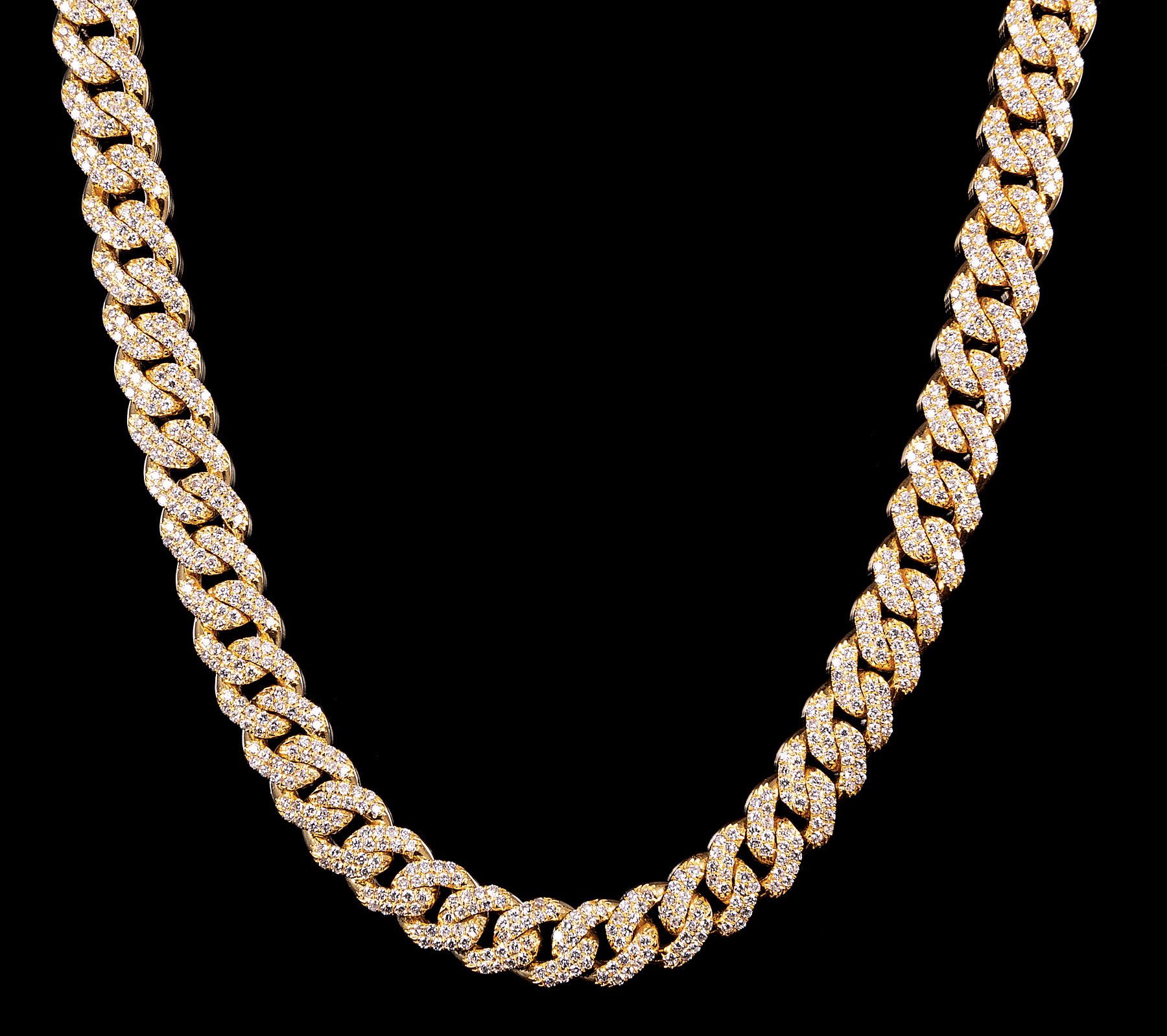 Lot 572 - 14 kt. Yellow Gold and Diamond Curb Chain Necklace , diamond total wt. approx. 14.50 cts., l. 18 in