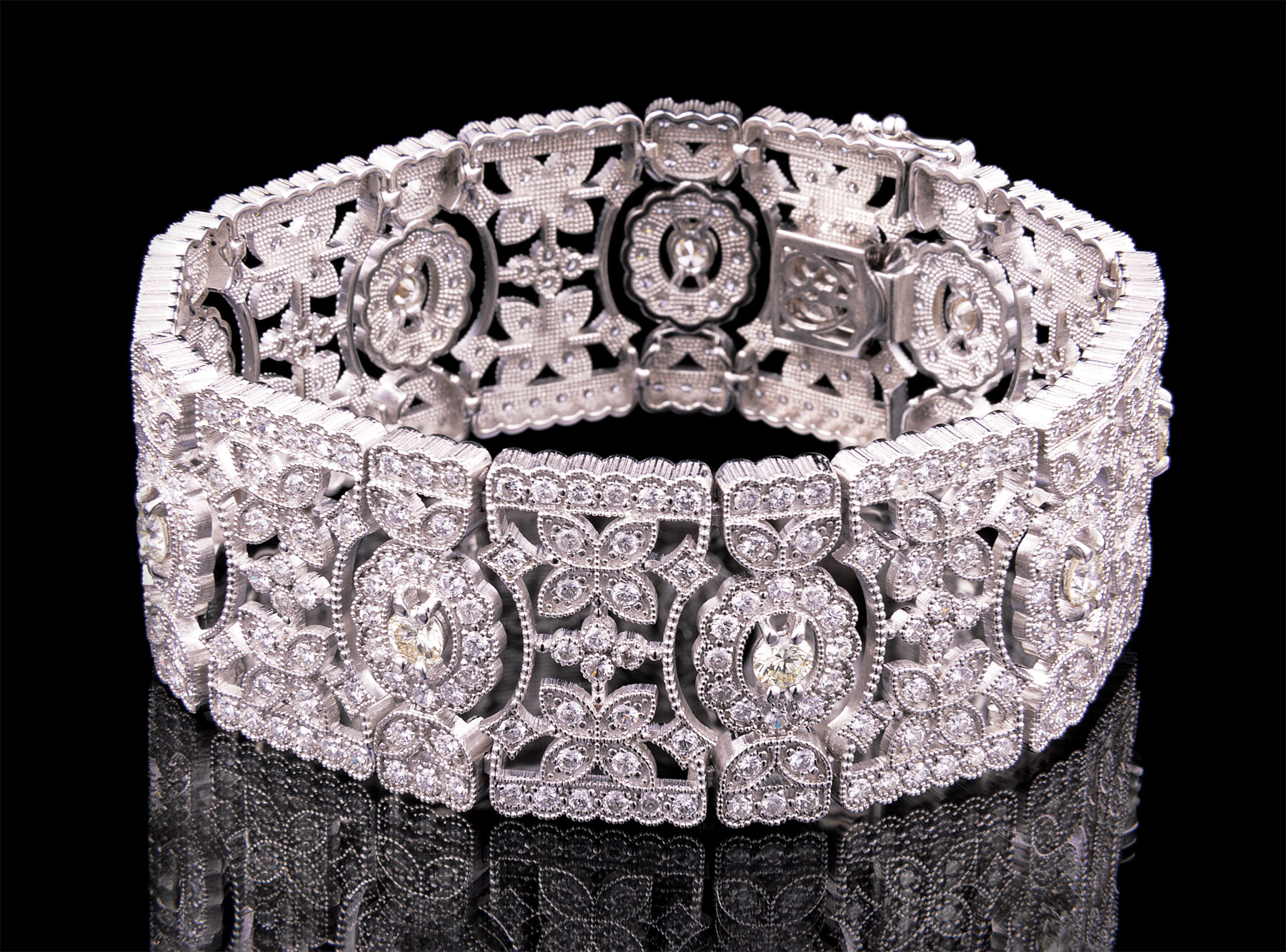 Lot 599 - 18 kt. White Gold and Diamond Bracelet , approx. 459 round brilliant cut diamonds, total wt. approx.