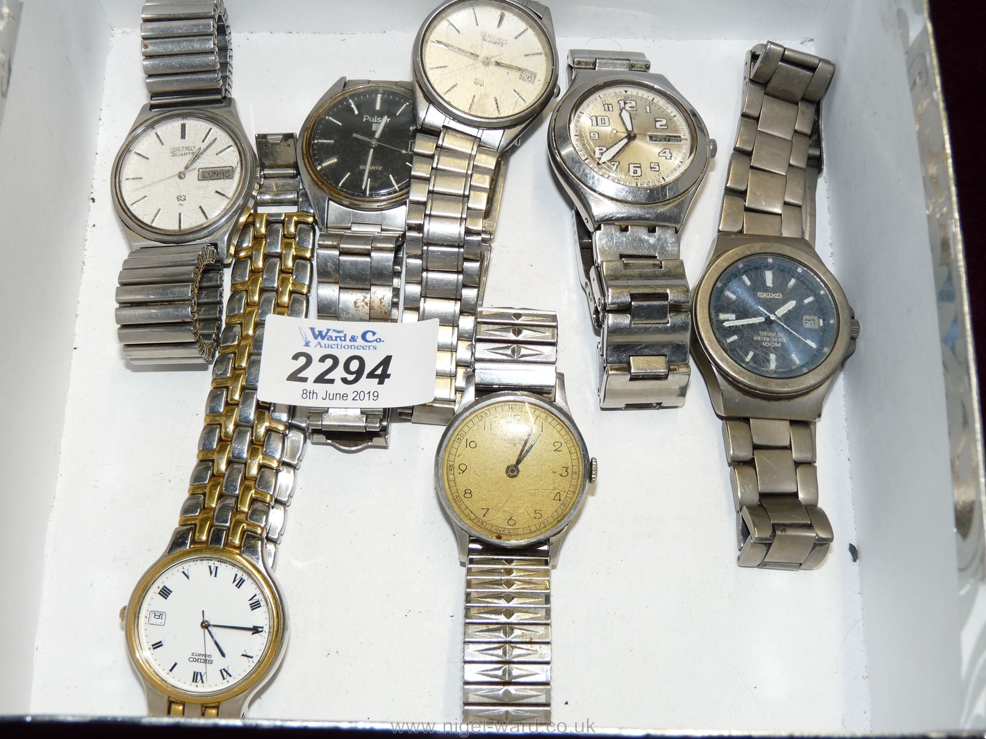 Lot 2294 - Seven gent's Watches including four Seiko, Swatch, Longines and Pulsar.