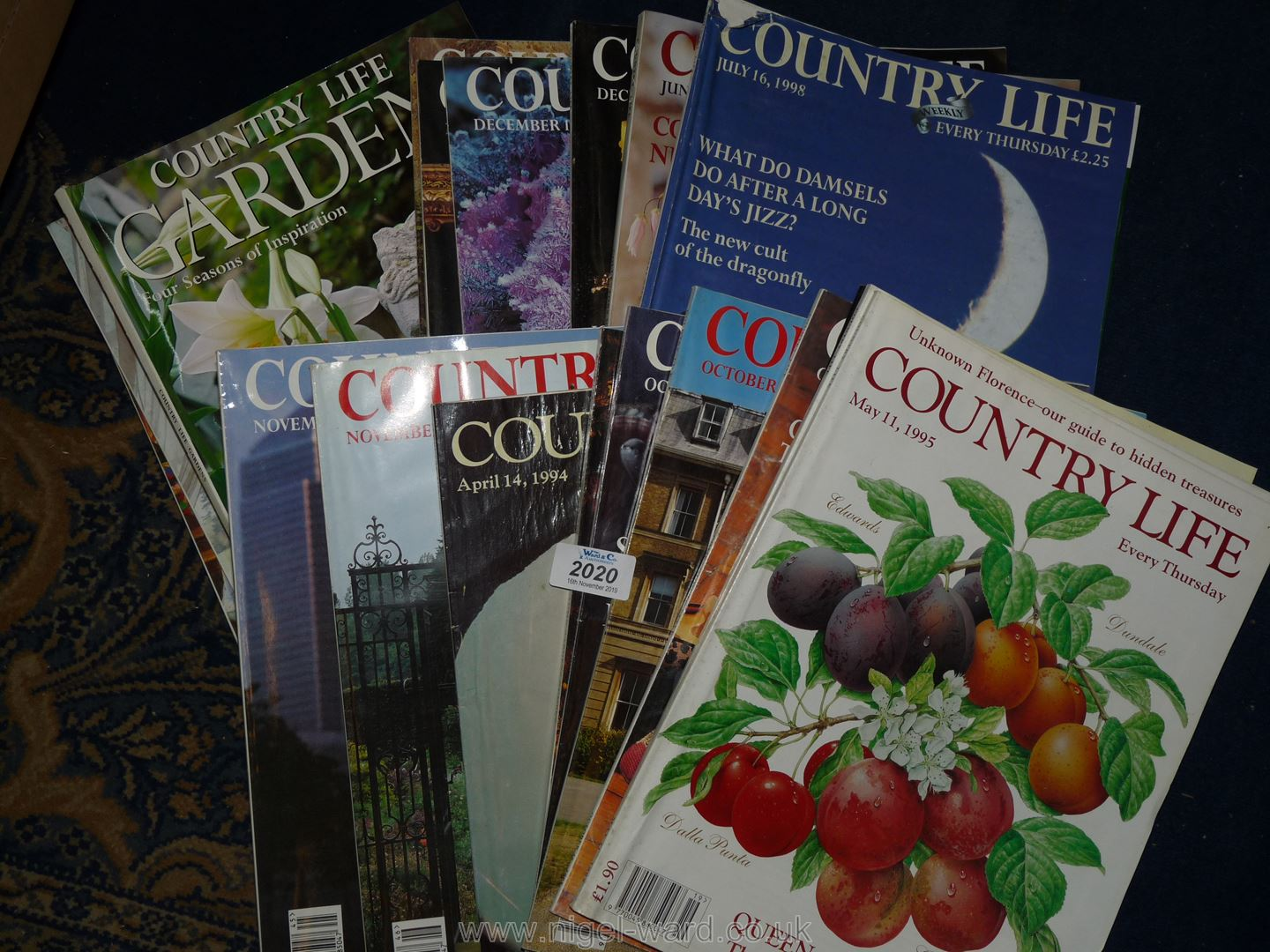 Lot 2020 - A quantity of Country life magazines, 1994-1998.