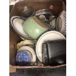 A box of mixed sundries