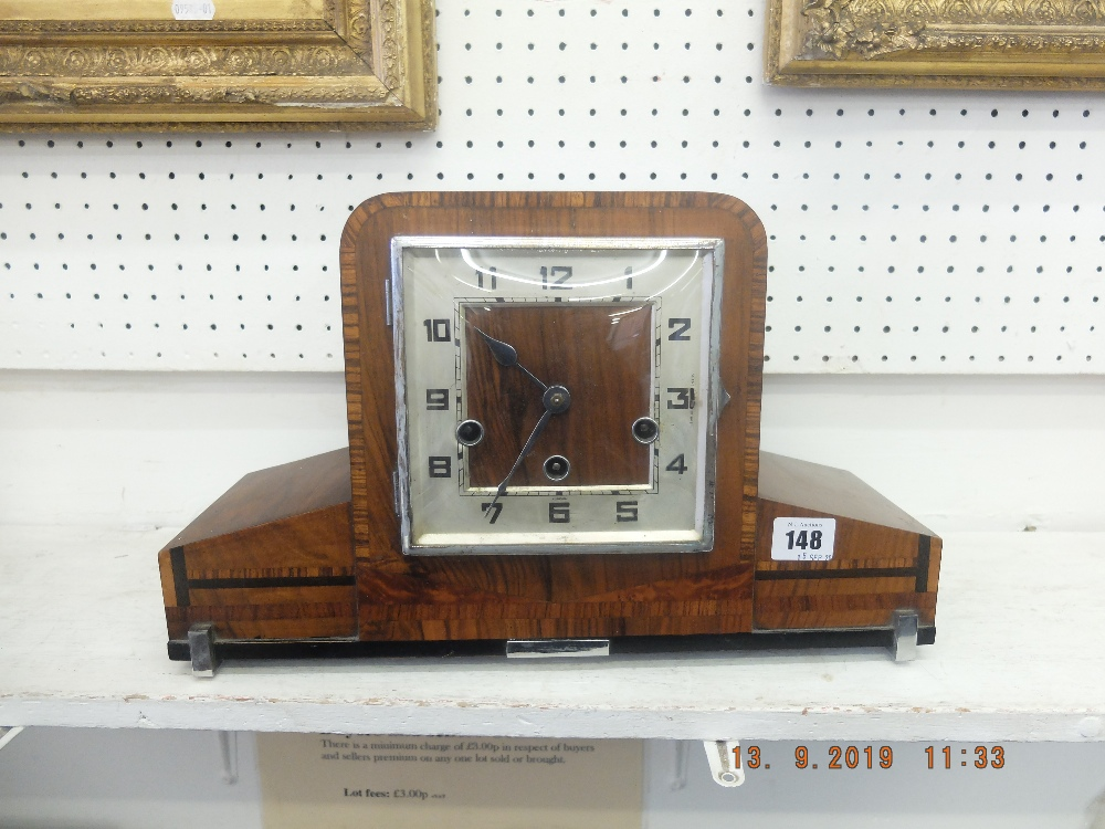 Lot 148 - A chiming art deco Westminster mantle clock