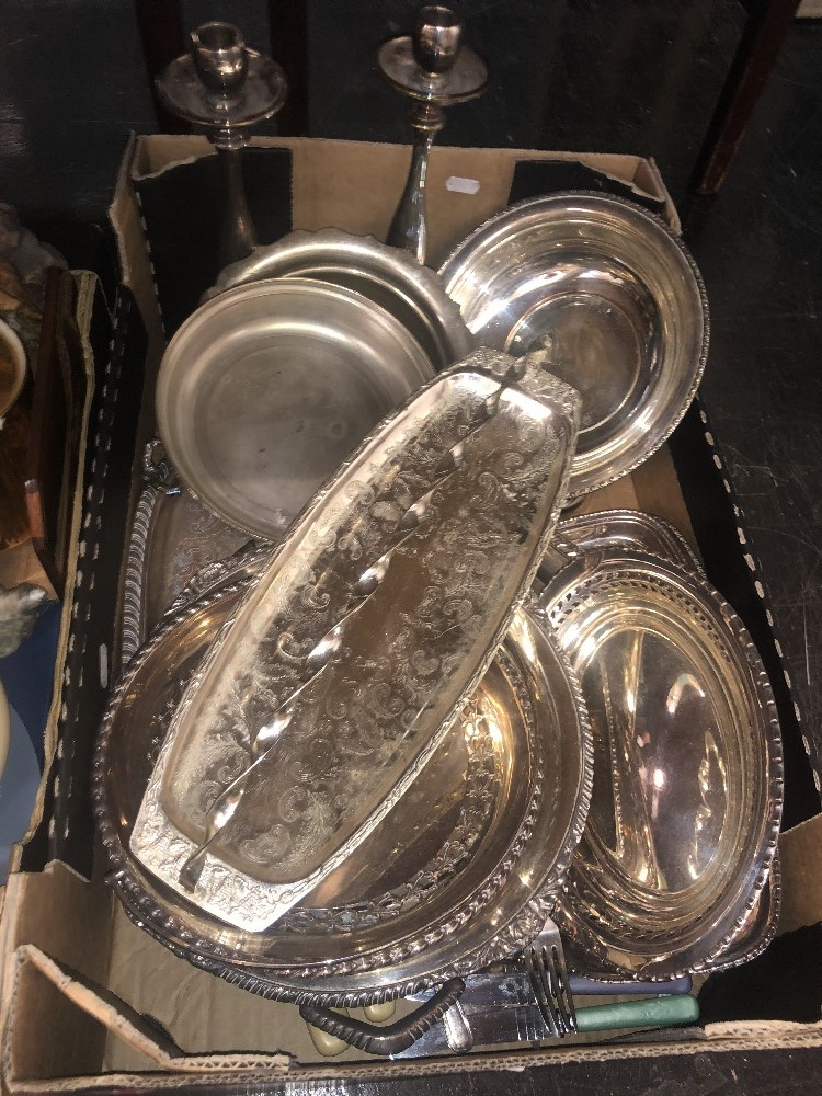 Lot 38 - A collection of metalware