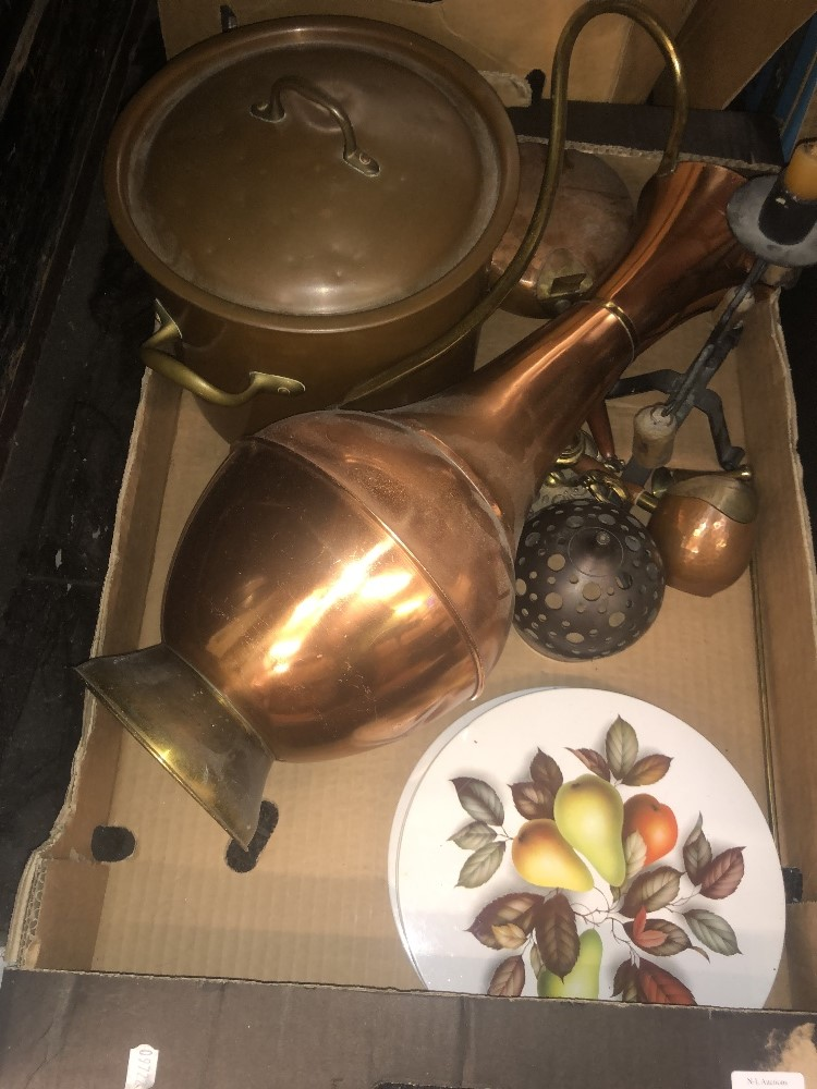 Lot 42 - A quantity of brass ware and other metal ware