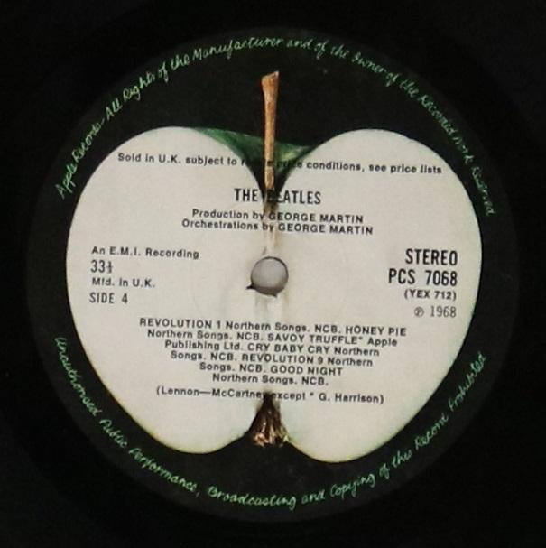 Lot 28 - WHITE ALBUM - ORIGINAL UK STEREO PRESSING (PCS 7067/7068).