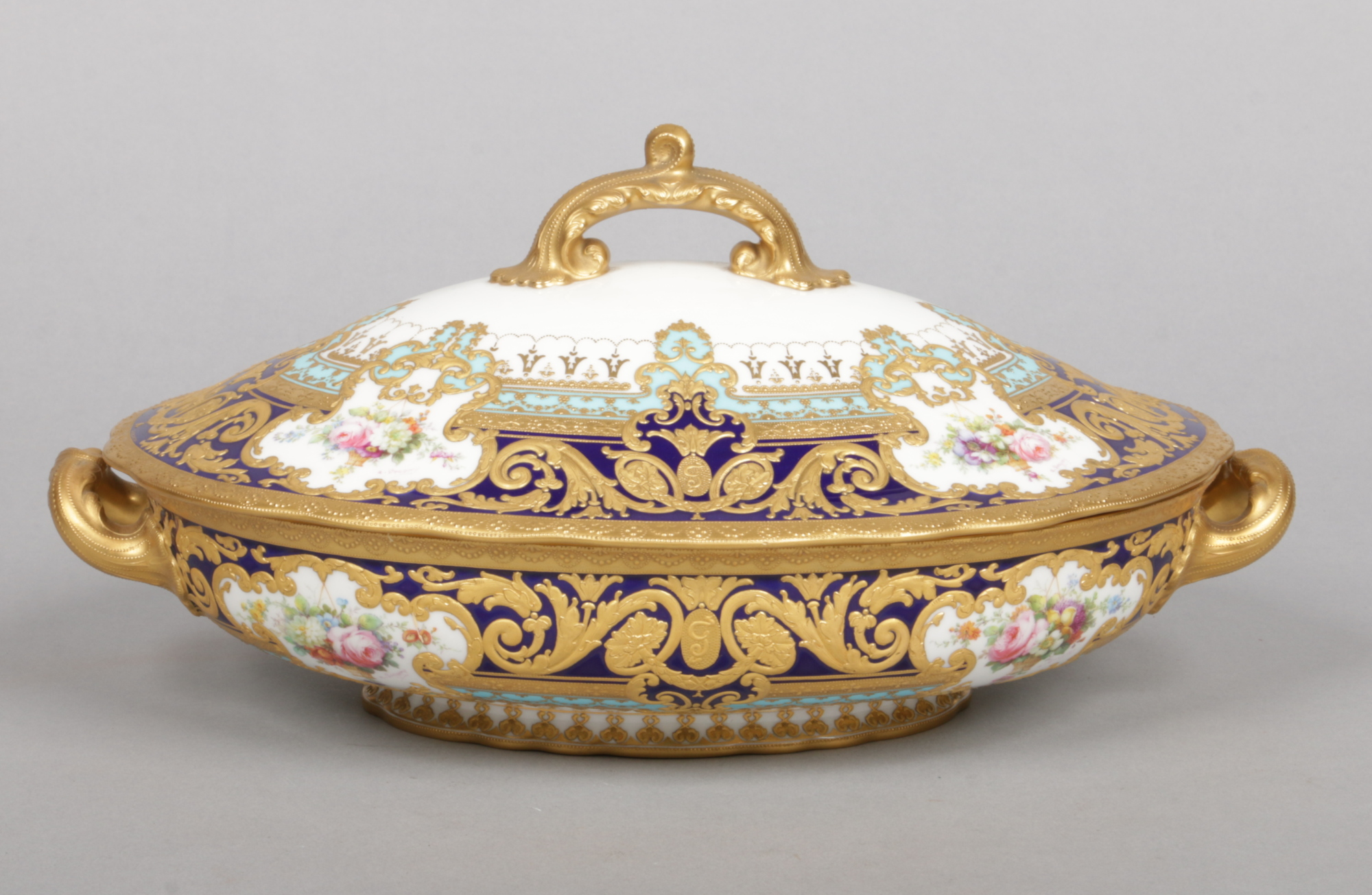 Lot 142 - A fine Royal Crown Derby tureen and cover from the Judge Elbert Henry Gary service. Painted by