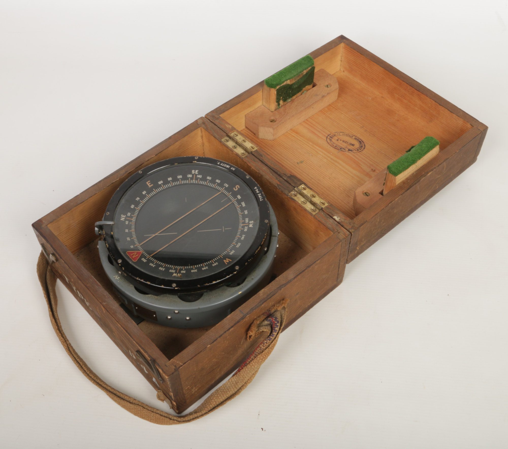 Lot 256 - A World War II RAF P4A aircraft compass in original wooden case. Inspection stamp dated 2-May