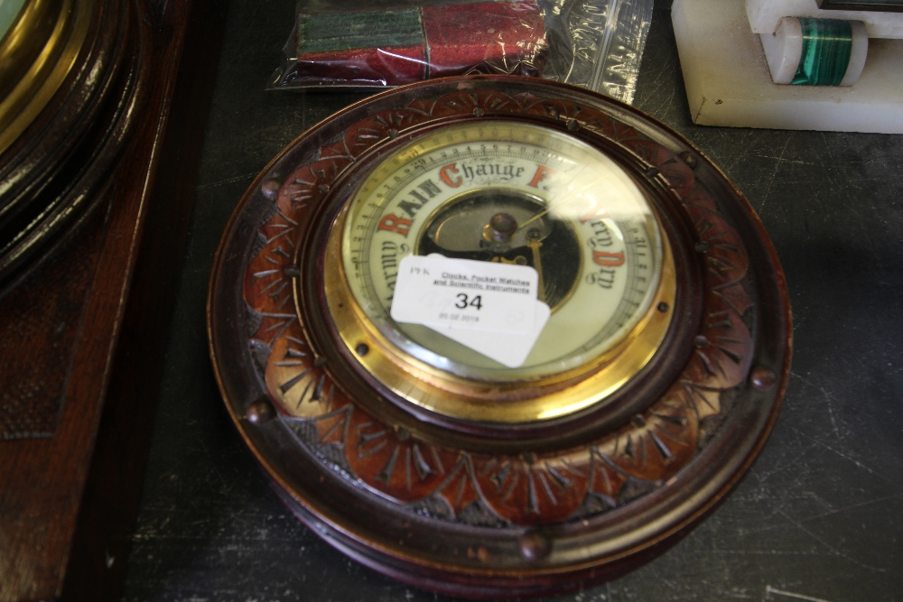 Lot 34 - Aneroid barometer & Sovereign Scales