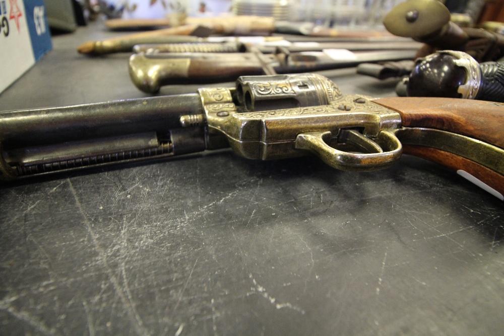 Lot 15 - Colt 45 replica