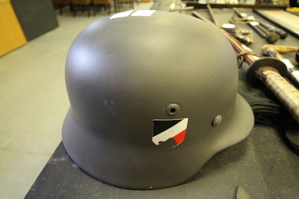 Lot 38 - WWII German Infantry Helmet (refurbished)