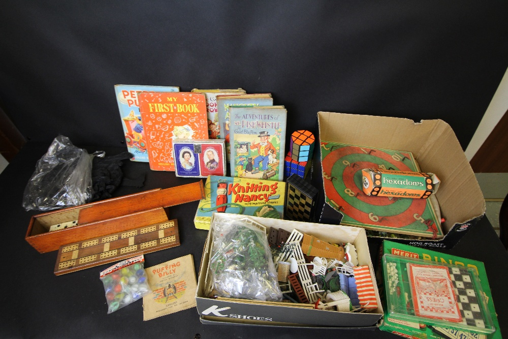 Lot 19 - Selection of Vintage toys, games including Rubik's Cube, Marbles, Cribbage Board, Dominoes, Spear'