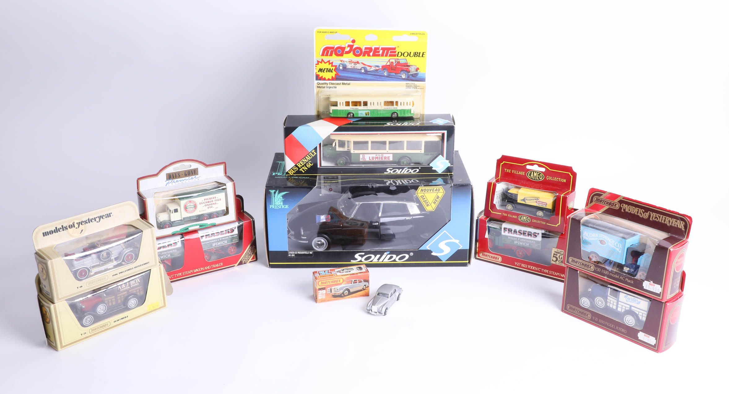 Lot 031 - A collection of diecast models, including 'Models of Yesteryear'.