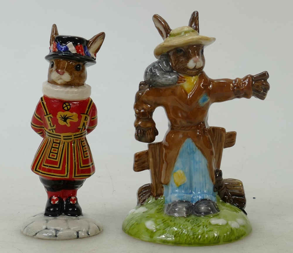 Lot 22 - Royal Doulton limited edition Bunnykins figure Scarecrow and Beefeater: Scarecrow DB359 boxed with