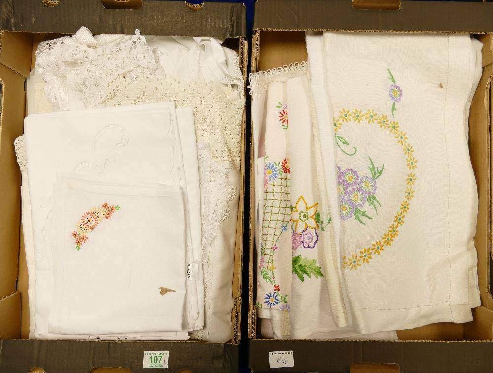 Lot 107 - A large collection of vintage linen: including table cloths, lace items many with decorative
