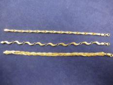 Fine Art, Silver, Jewellery & Objet D'art