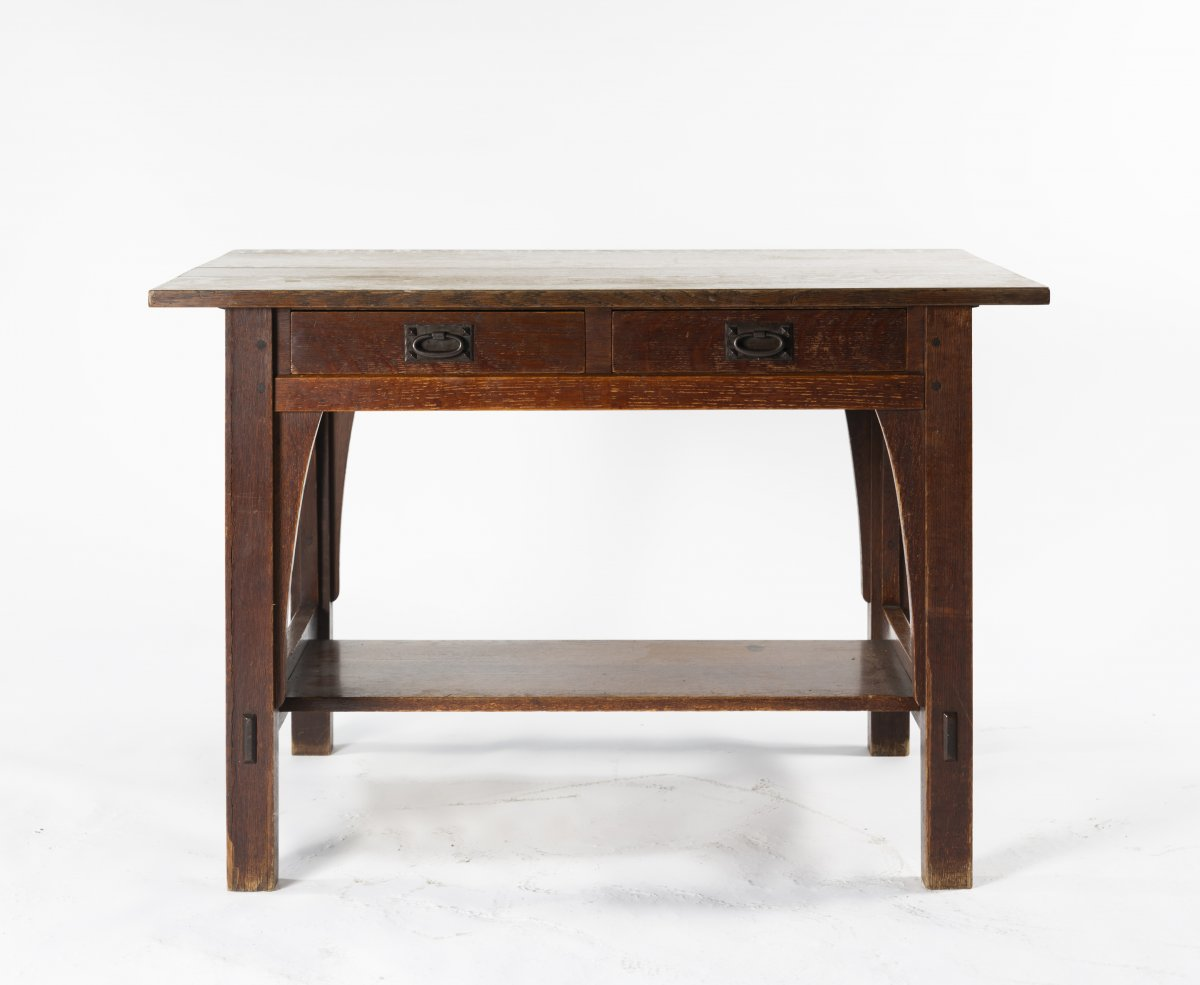 Lot 2 - Gustav Stickley, Table, c. 1907Table, c. 1907H. 74 x 107 x 75 cm. Made by Craftsman Workshop,