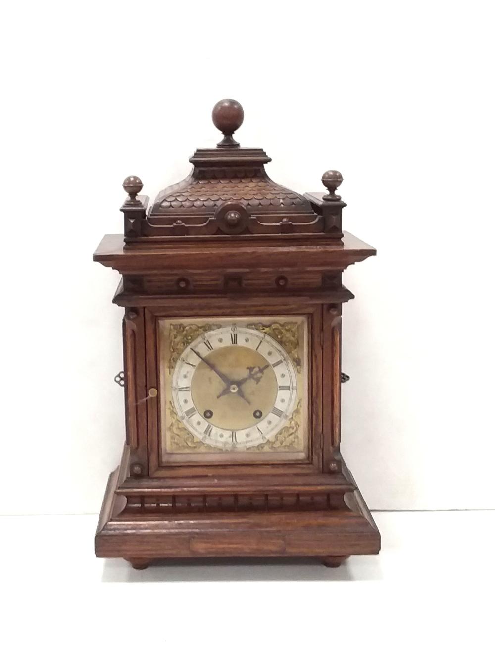 Lot 26 - Vict Oak Bracket Clock