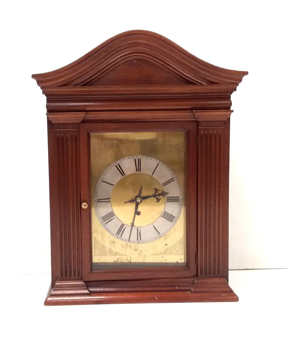 Lot 24 - Vict Mahogany Fuzee Mantle Clock