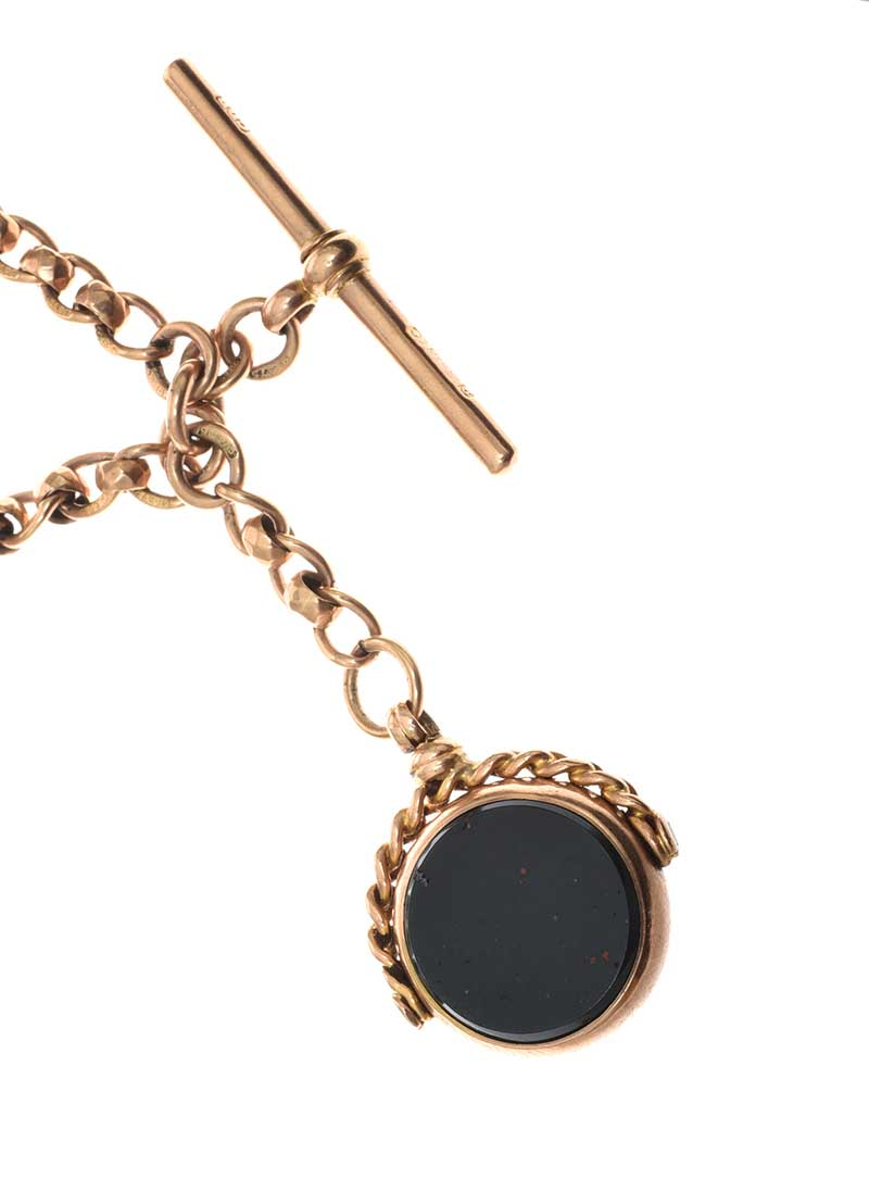 Lot 5 - 9CT GOLD ALBERT CHAIN WITH CARNELIAN AND BLOODSTONE FOB