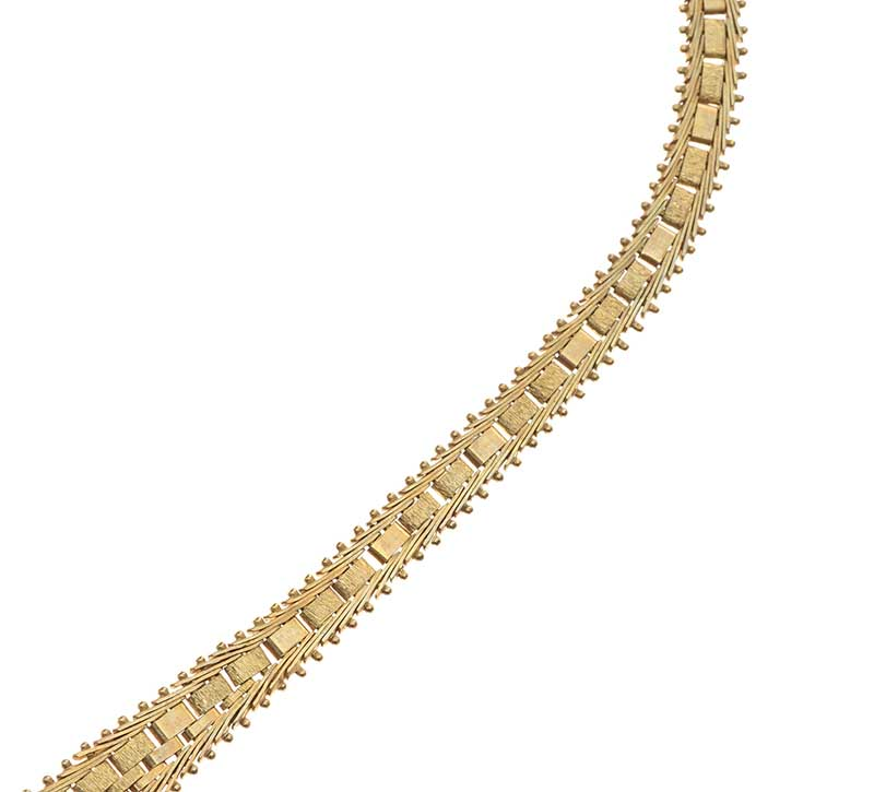 Lot 11 - 9CT GOLD MESH NECKLACE