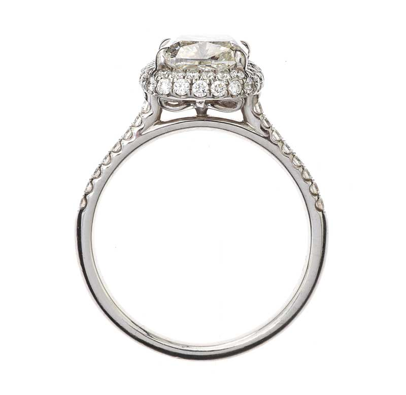 Lot 27 - 14CT WHITE GOLD DIAMOND RING