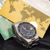 A gentleman's stainless steel cased Omega Seamaster electronic F300 chronometer wristwatch The