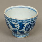 A Chinese blue and white porcelain tea b