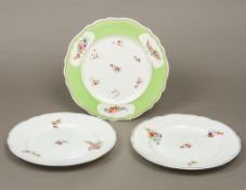 A pair of Chamberlains Worcester porcela