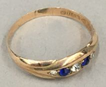 A 9 ct gold sapphire ring (1.