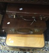 A quantity of vintage cases