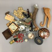 A box of miscellaneous items,