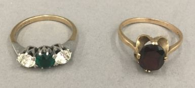 Two 9 ct gold dress rings (4.