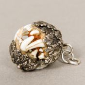 A 19th century silver mounted pendant, h