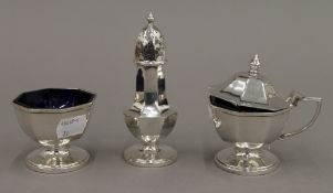 A silver three piece cruet set, Birmingham 1937 (5.