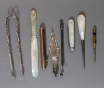 A small quantity of miscellaneous items, including a silver page marker,